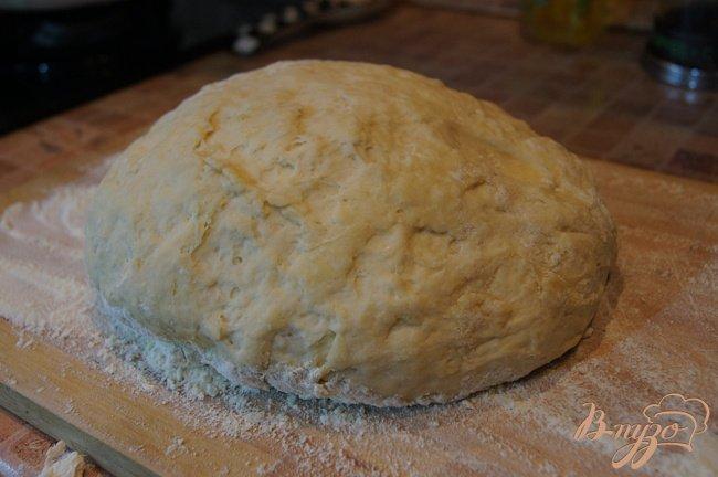 Фото приготовление рецепта: Пирог с начинкой из картофеля, грибов и бекона шаг №1