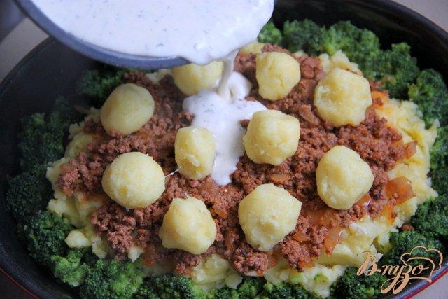 Фото приготовление рецепта: Мусака с брокколи и картофельным пюре шаг №11
