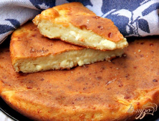 Фото приготовление рецепта: Болгарская лепешка с брынзой шаг №6