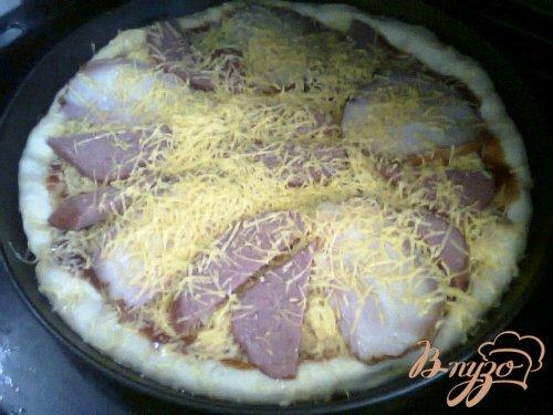 Пицца с копченостями.