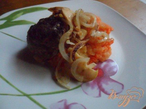 Пюре из картофеля с мускатной тыквой и фрикаделькми