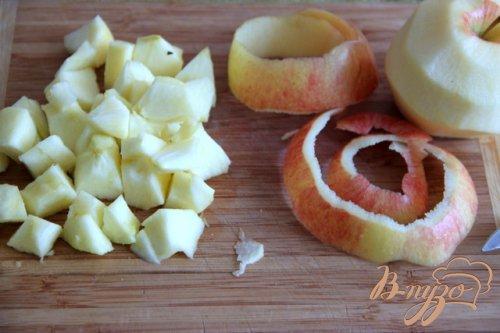 Красная капуста с яблоком