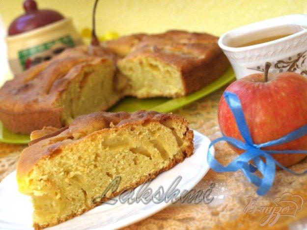 Рецепт Грушёвый пирог на минеральной воде