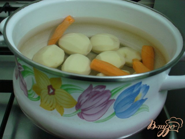 Фото приготовление рецепта: Грибной суп пюре шаг №3