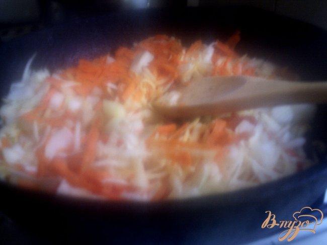Фото приготовление рецепта: Крестьянский суп с фрикадельками шаг №5