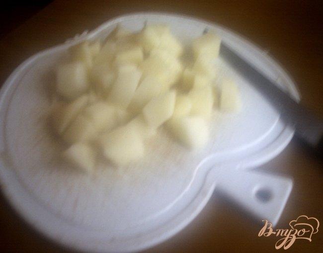 Фото приготовление рецепта: Крестьянский суп с фрикадельками шаг №2