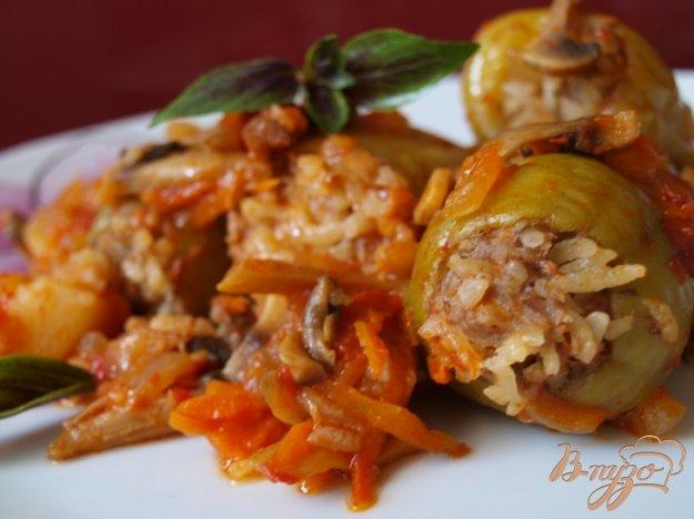 Рецепт Фаршированный перец с подливой из грибов