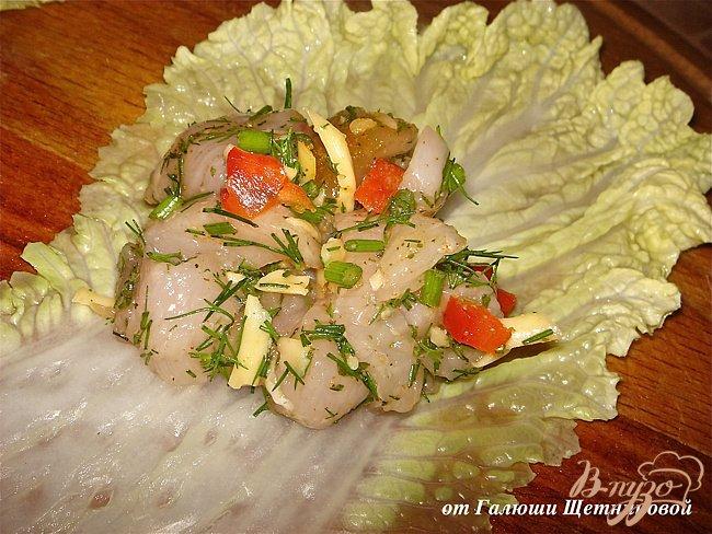 Фото приготовление рецепта: Диетические голубцы в пекинской капусте шаг №5