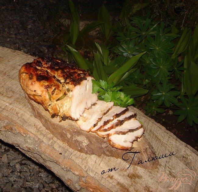 Фото приготовление рецепта: Грудка индейки на углях шаг №6