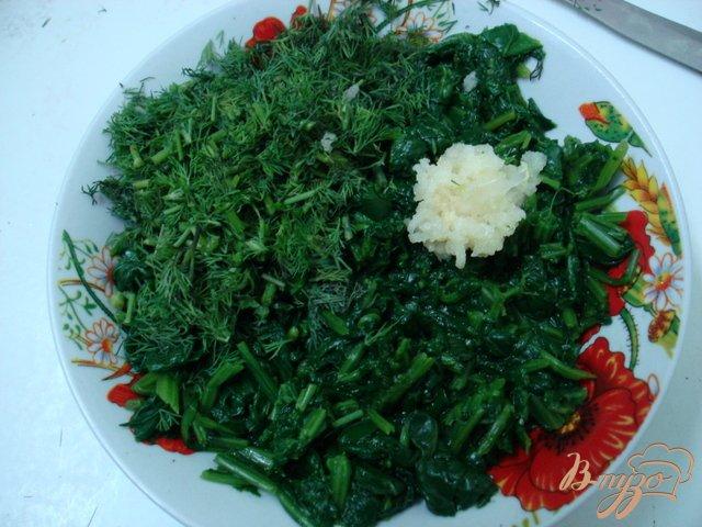 Фото приготовление рецепта: Шпинат в сметанном соусе шаг №5
