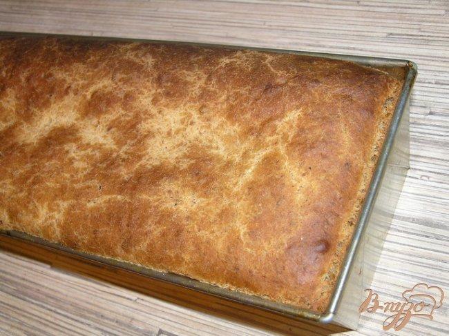 Фото приготовление рецепта: Хлеб с томатами шаг №7