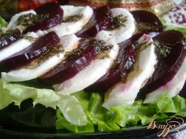 Рецепт Закуска из печеной свеклы и моцареллы