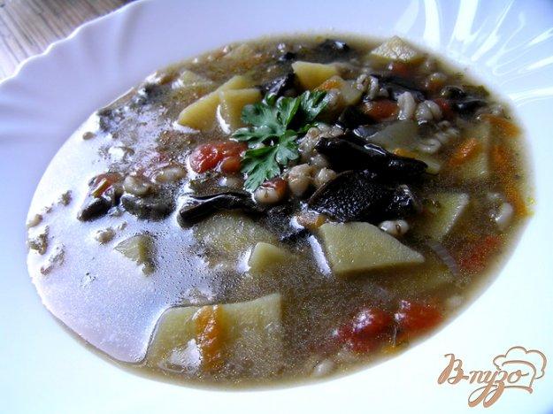 фото рецепта: Грибной суп с перловой крупой