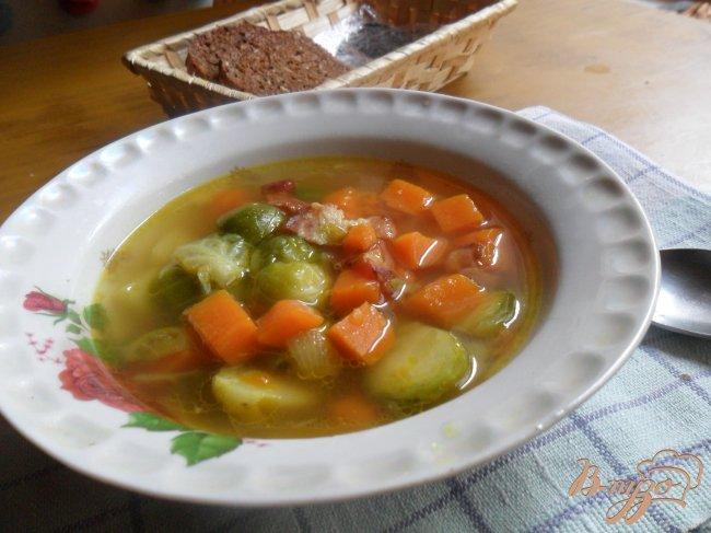 Фото приготовление рецепта: Похлёбка из тыквы и брюссельской капусты шаг №8