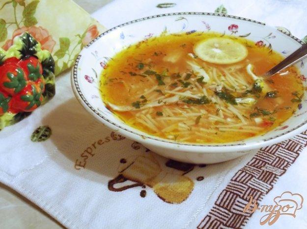 фото рецепта: Томатный суп с курицей и вермишелью по-турецки
