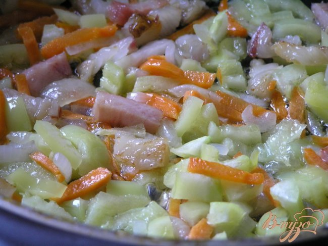 Фото приготовление рецепта: Картофельный суп с беконом шаг №5