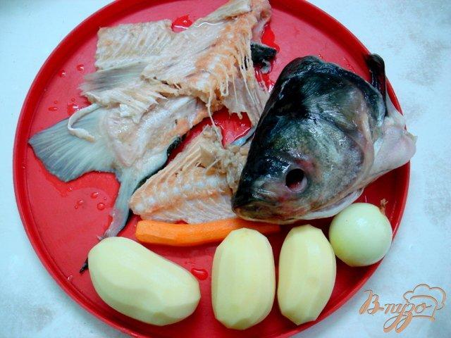 Фото приготовление рецепта: Суп с рыбными фрикадельками  (бюджетный) шаг №2