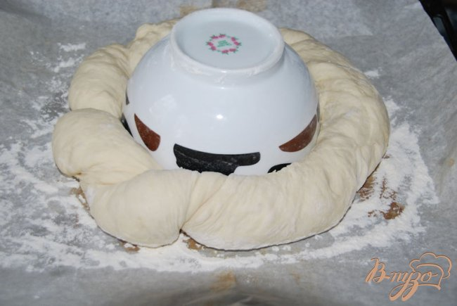 Фото приготовление рецепта: Хлеб-бублик Ciambella шаг №4