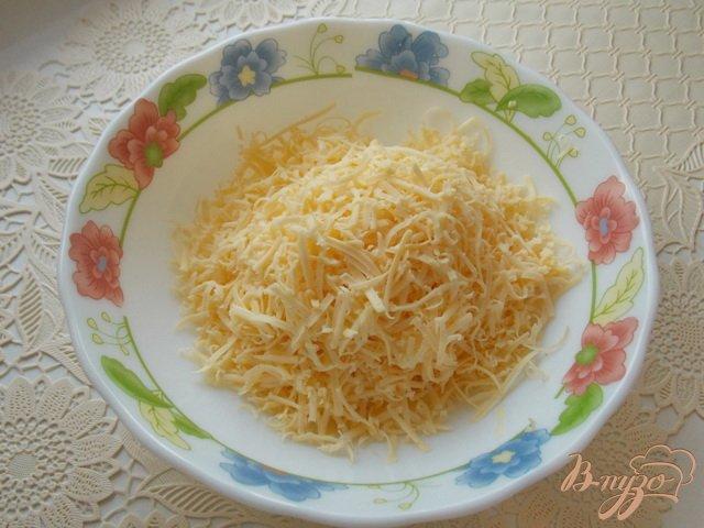 Фото приготовление рецепта: Полента с сыром шаг №3