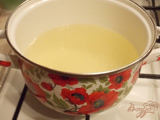 Фото приготовление рецепта: Куриный бульон с пельменями шаг №1