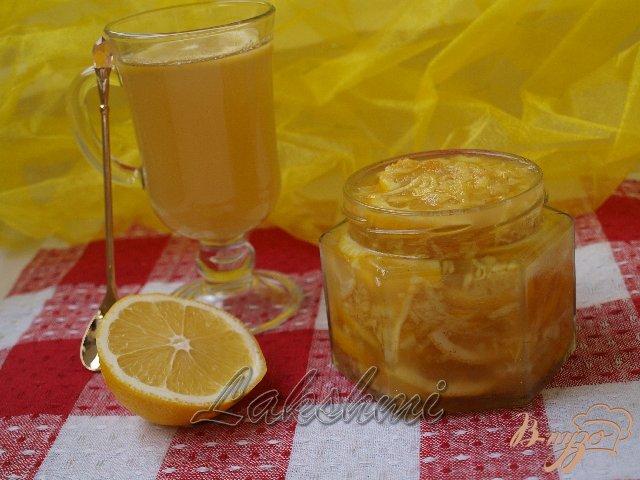 Фото приготовление рецепта: Лимон с имбирём и мёдом шаг №3