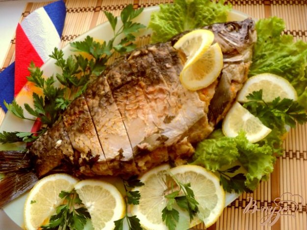 Рецепт Фаршированный карп с соусом «Рыбный велюте»