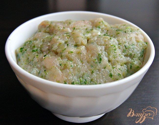 Фото приготовление рецепта: Суп с овощами, грибами и фрикадельками шаг №2