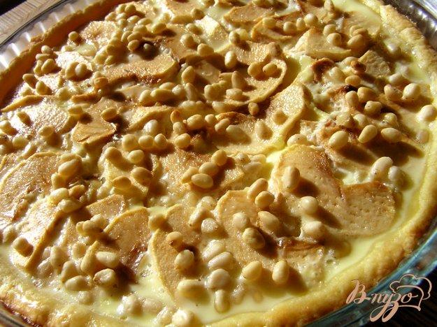 Рецепт Яблочный пирог с кедровыми орешками