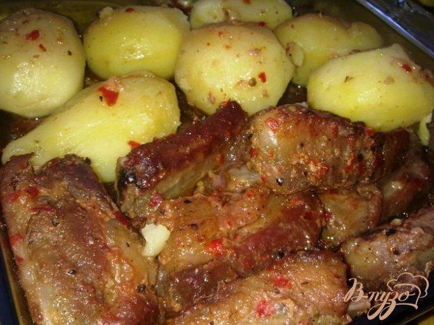 фото рецепта: Запеченные ребрышки в остро-сладком маринаде