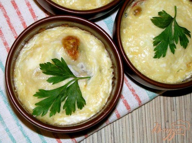 фото рецепта: Яйца, запеченные с черри и зеленью