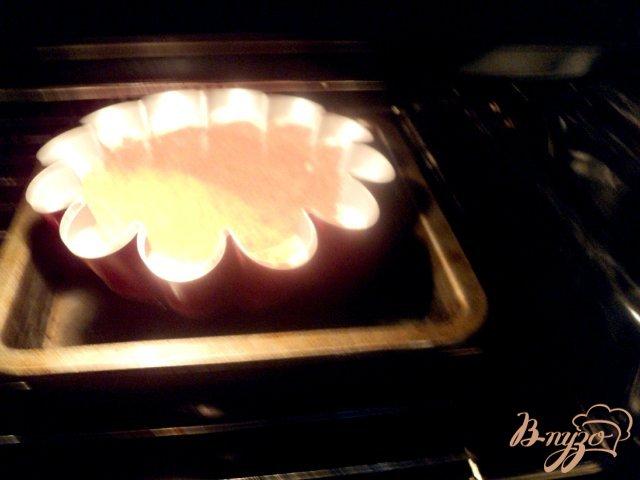 Фото приготовление рецепта: Торт «Крем-карамель» шаг №6