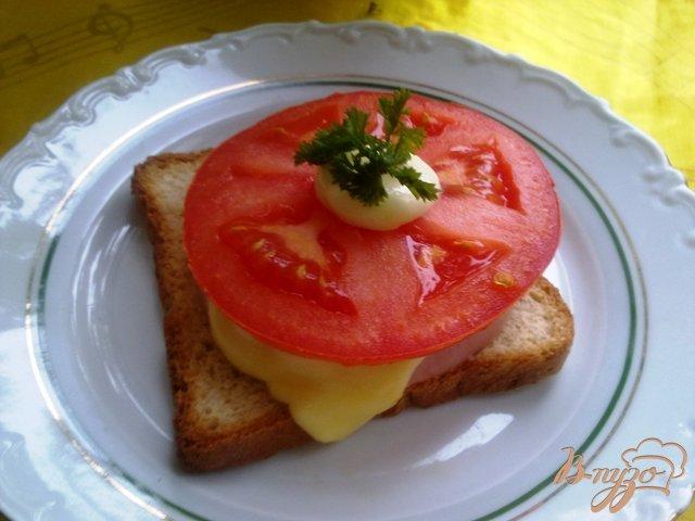 Фото приготовление рецепта: Горячие бутерброды второй вариант шаг №8