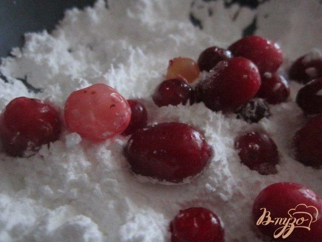 Фото приготовление рецепта: Клюква в сахаре шаг №1