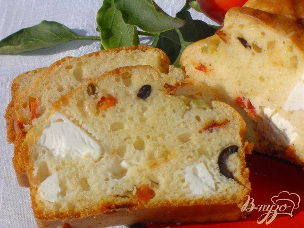 Рецепт Кекс с маслинами, оливками, фетой и паприкой