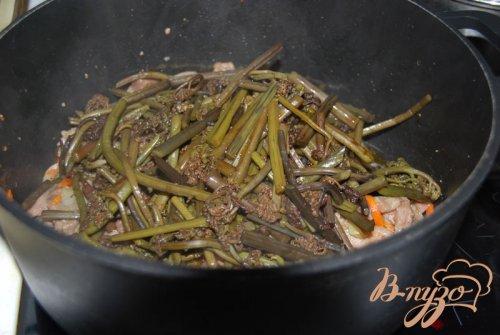 Закуска с папоротником Ли-шен