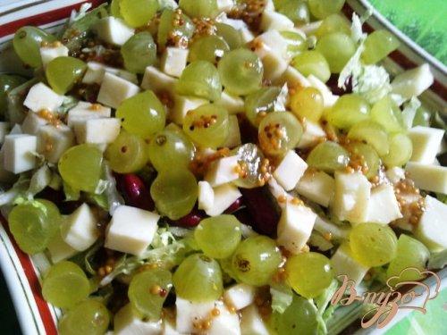 Салат из красной фасоли и винограда