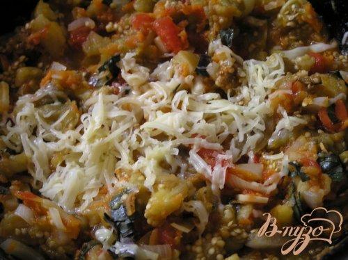 Фаршированные овощные баклажаны с базиликом