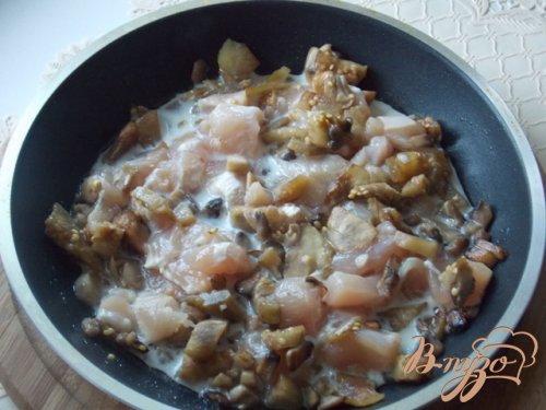 Баклажаны фаршированные курицей и грибами