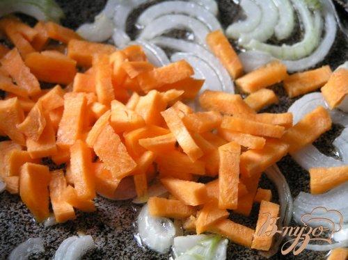 Суп с кальмарами и базиликом