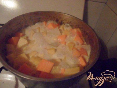 Осеннее овощное рагу с фрикадельками