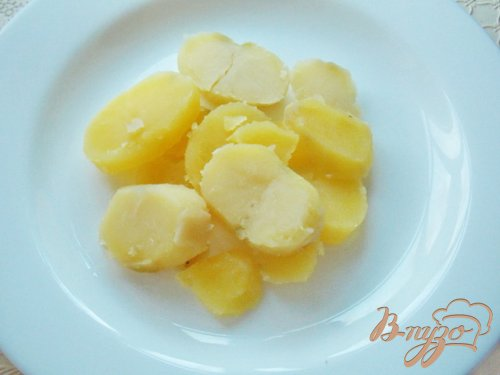 """Жареная семга под маринадом на """"подушке"""" из картофеля"""