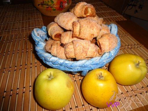 Крошки-рогалики с яблочным джемом