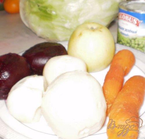 Винегрет со свежей капустой и яблоком