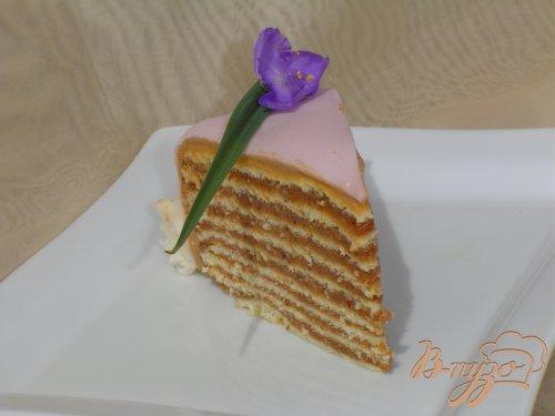 Торт с шоколадным кремом и пралине