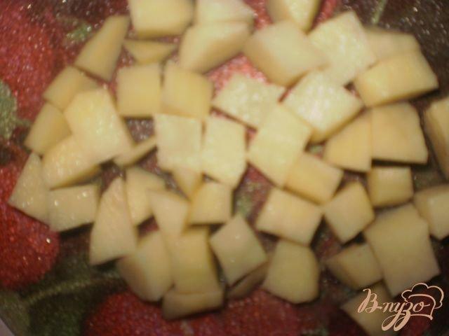 Фото приготовление рецепта: Сырный суп с клецками шаг №5