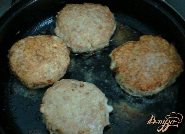 Фото приготовление рецепта: Котлеты с картофелем шаг №3