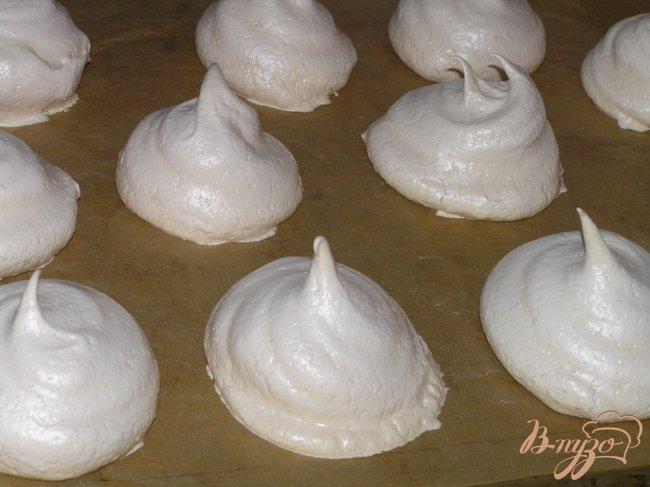 Фото приготовление рецепта: Пирожное Безе шаг №3
