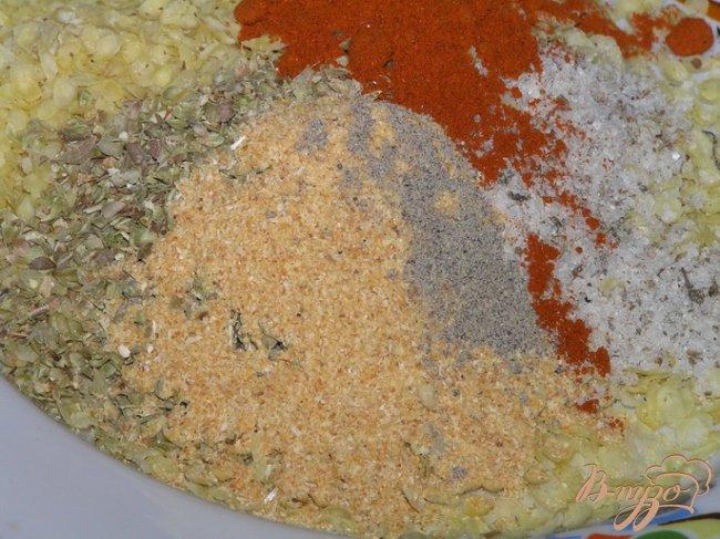Фото приготовление рецепта: Курица в хрустящей панировке с пшеничными хлопьями шаг №2