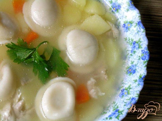 фото рецепта: Куриный суп с пельменями