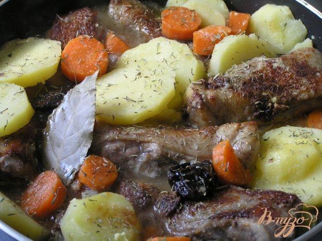 Фото приготовление рецепта: Мексиканское жаркое из цыпленка шаг №5